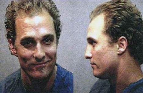 Matthew McConaughey - 1999 - Huzur bozmak (gece yarısı davul çalıyordu!)